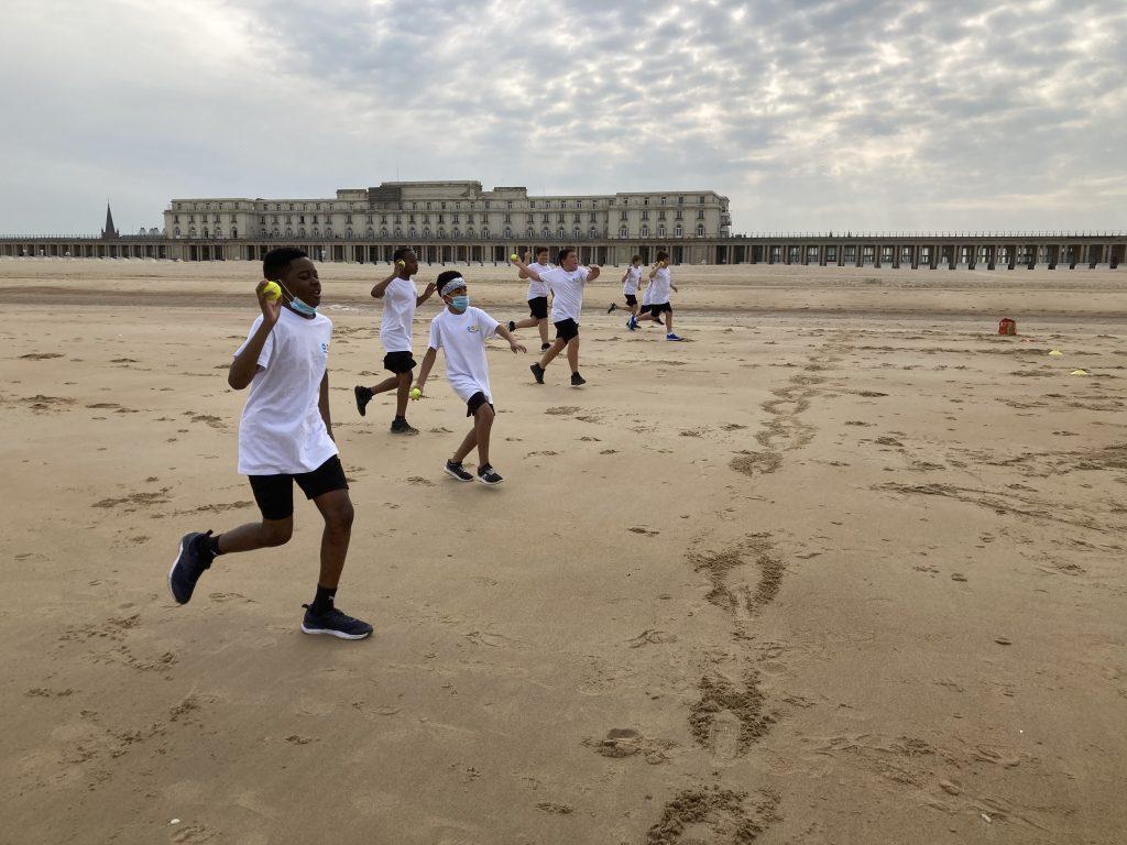 Gezonde zeelucht tijdens sportles